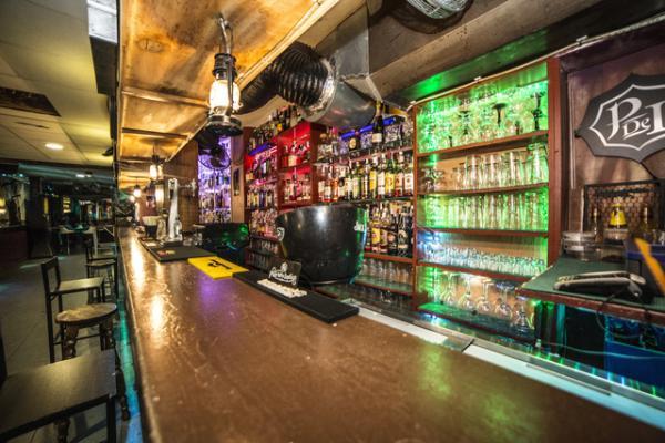 Img 130801 pub el pirata 1 600